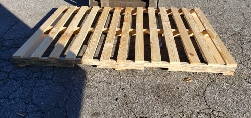 82x56 wood pallet